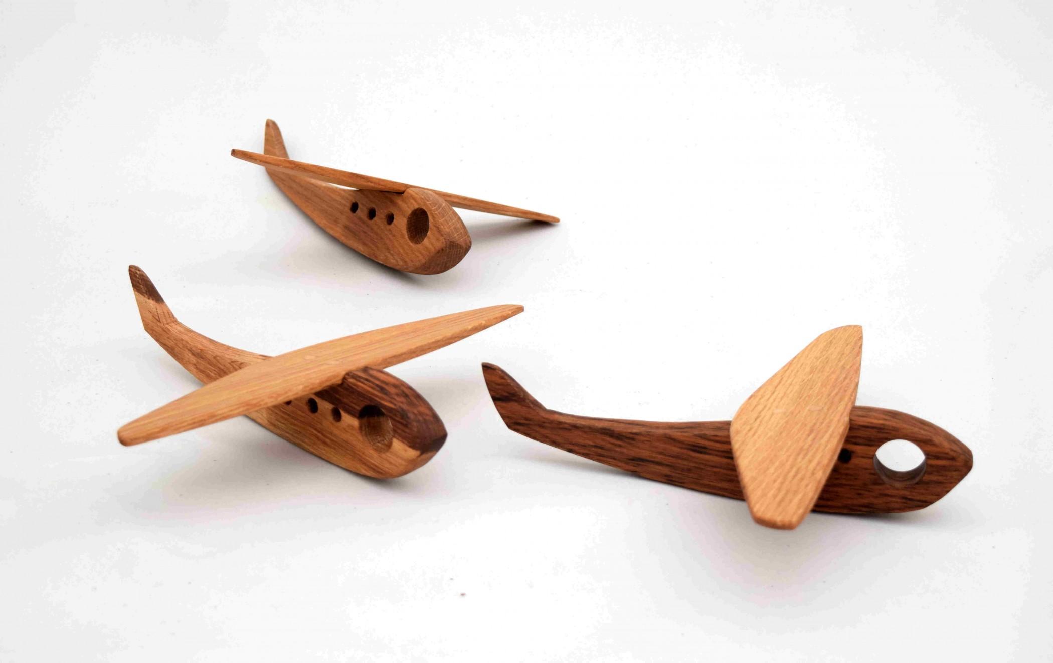 jouets et objets en bois goupil pierre. Black Bedroom Furniture Sets. Home Design Ideas